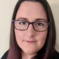 Dr Elizabeth Ross