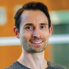 Dr Tim Bruxner
